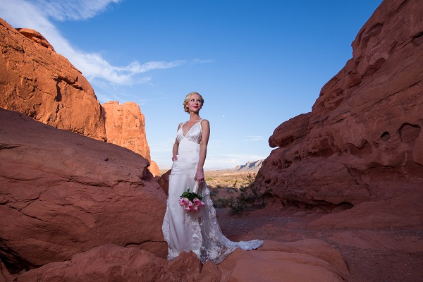 Valley of Fire Wedding by Chapel of the Flowers