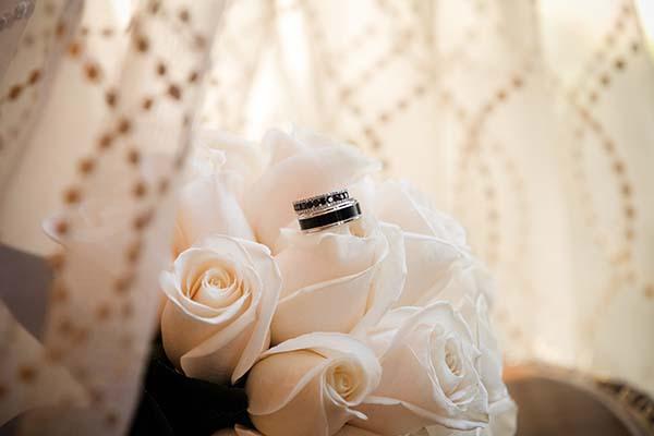 Black-Friday-Las-Vegas-Wedding-Chapel-of-the-Flowers-IMG-07