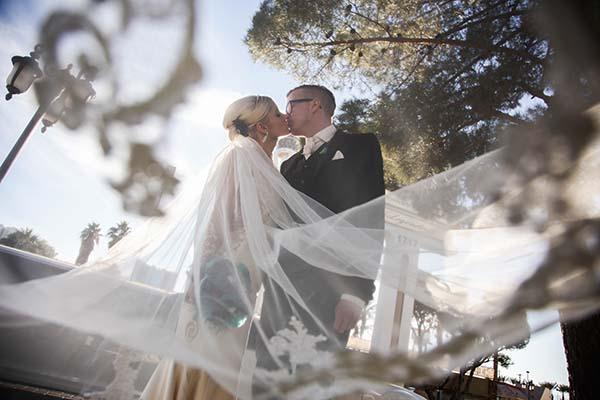 Winner of Chapel of the Flowers November Photo of the Month :: Wedding Photography :: Las Vegas Weddings