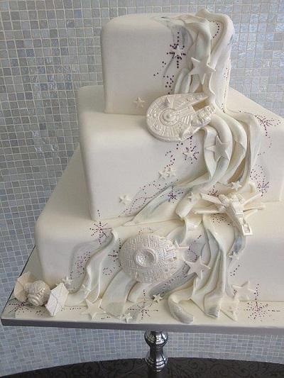 Cool Wedding Cake- Star Wars ispired wedding cake