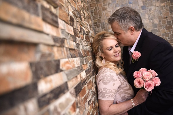 Las Vegas Weddings by Chapel of the Flowers Celebrate with Blooms