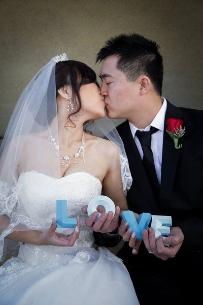 Chapel of the Flowers Couple in Love blue
