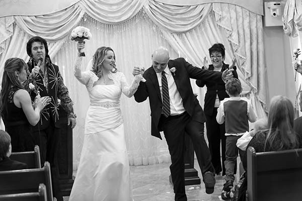 Fun Elvis Wedding :: Las Vegas Wedding Photographer :: Las Vegas Weddings :: Photo of the Month Winner February 2016