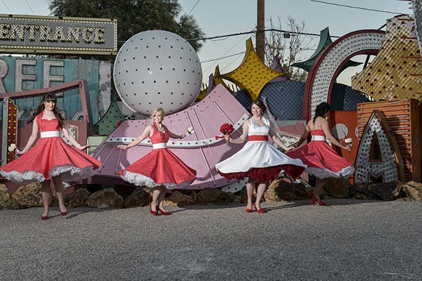 Fun rockabilly bridesmaids photo ideas