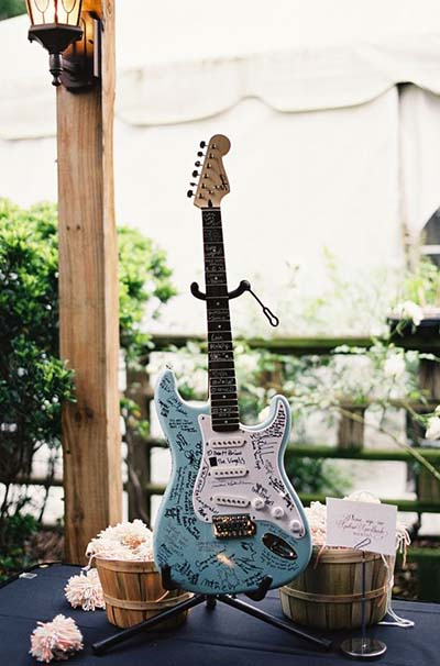 guitar sign in for Rockabilly wedding