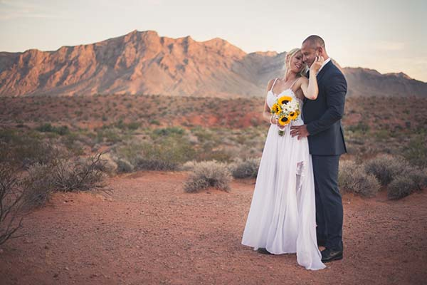 Valley of Fire weddings for a boho chic wedding theme