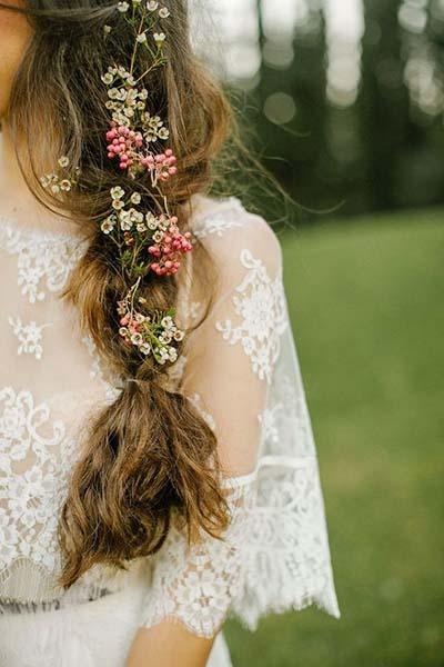 Dainty Wedding Hair Ideas for Bohemian Weddings