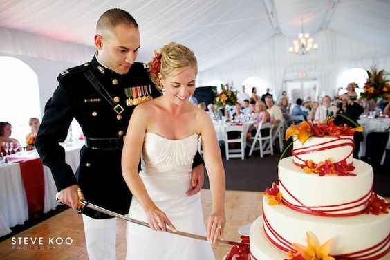 Military Traditions :: Saber Cake Cutting