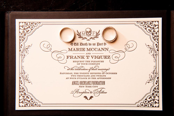 Halloween Wedding Invitation: Classy Halloween Wedding Ideas