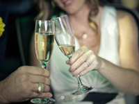 Winter Wedding Promotions for Las Vegas :: FREE Champagne