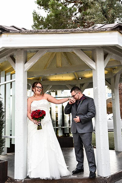 Wedding Planner ties the knot at Chapel of the Flowers