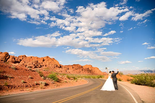 Valley of Fire Wedding Packages in Las Vegas :: Chapel of the Flowers