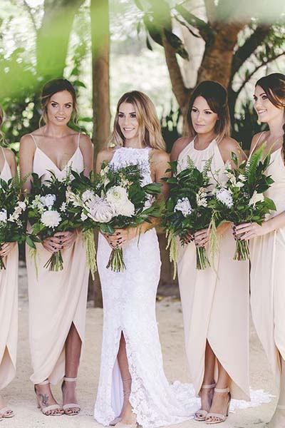 Greenery Bridal Bouquets :: 2017 Wedding Trends