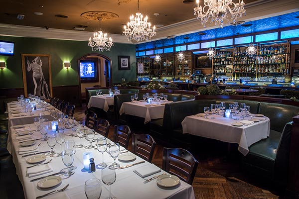 Las Vegas Wedding Reception Venue | Trendy Downtown Grill |Vintage Dining Room