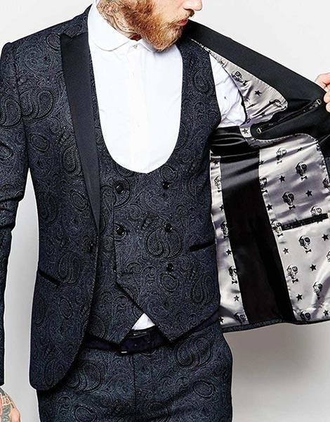 Royal Fabric Tuxedo for Game of Thrones Groom Attire   Game of Thrones Wedding Ideas