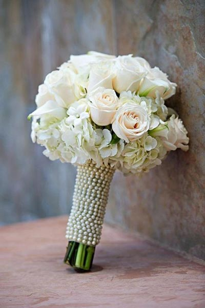 Great Gatsby Wedding Ideas | Pearl Wrap Bridal Bouquet for 1920's Themed Wedding