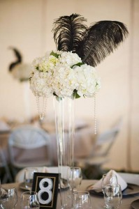 Great-Gatsby-Wedding-Ideas-IMG-15-Gatsby-Wedding-Reception-Centerpieces