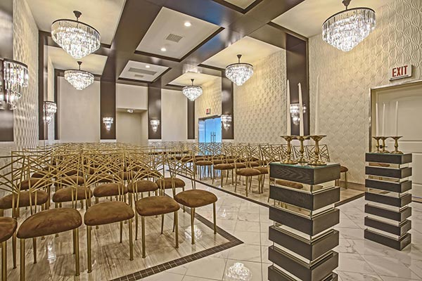 Art Deco and Modern wedding venue in Las Vegas at Chapel of the Flowers