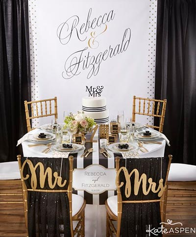 Black Accents | Wedding Decor Ideas | 2018 Wedding Trends