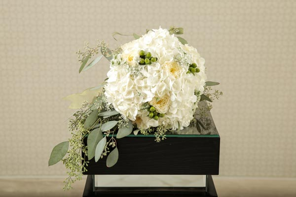 Wedding Flower Ideas | Bridal Bouquet Ideas | Duchess Bouquet with Hydrangeas