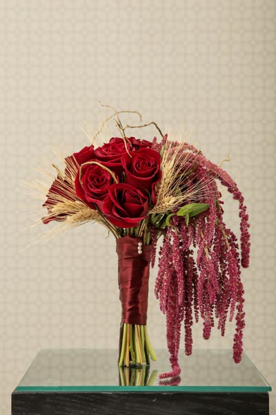 Wedding Flower Ideas | Bridal Bouquet Ideas | Fall Bouquet with Wheat